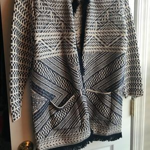LUCKY BRAND sweater coat with pockets- beautiful!!